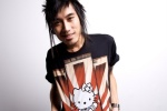 Hello Kitty men's tshirt by 5733